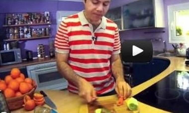 O Ευτύχης Μπλέτσας ετοιμάζει έναν σούπερ χυμό ευεξίας