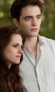 Breaking Dawn 2: Τα κόκκινα μάτια της Bella