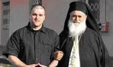 O Πάσσαρης θέλει να γίνει μοναχός στο Αγιο Όρος!