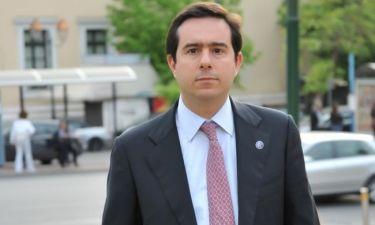 Εκλογές 2012: O Nότης Μηταράκης δεν μένει στα λόγια!