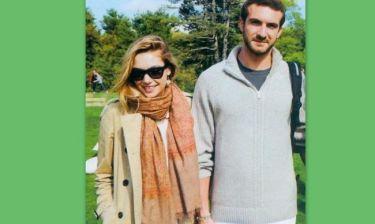 Σταύρος Νιάρχος: Σε εγκαίνια έκθεσης με την αγαπημένη του