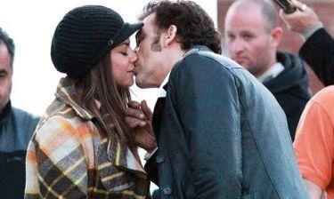 Mila Kunis – Clive Owen: Αρραβώνας στα πλατό