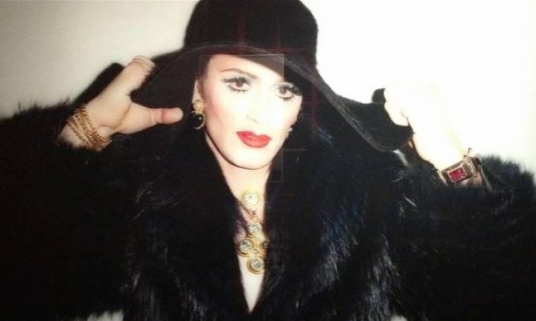 Ποιος ηθοποιός ντύθηκε drag queen;