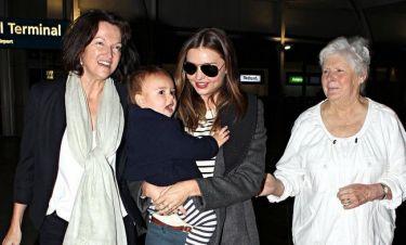 Miranda Kerr: Με τη μαμά και τη γιαγιά της στο Σίδνεϋ
