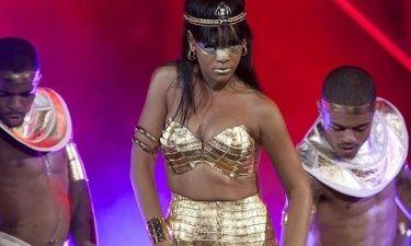 Η Rihanna ντύθηκε Κλεοπάτρα