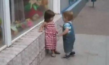 Βίντεο: Από μικρός στο… καμάκι