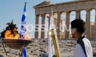 Η Ολυμπιακή φλόγα άναψε στην Ακρόπολη