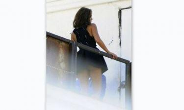 Παπαράτσι: Απρόσεκτη ηθοποιός χωρίς εσώρουχο μας «το δείχνει» στο μπαλκόνι!!! (2) (Nassos blog)
