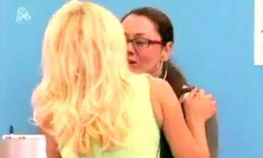 Το φιλί της Ελένης Μενεγάκη στην Αγλαΐα Λάτσιου
