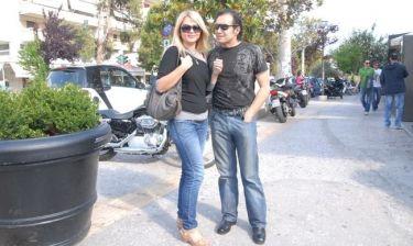 Σταύρος Λυβικός: Με την σύζυγό του για καφεδάκι στην Γλυφάδα