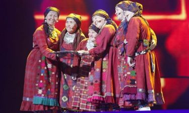 Eurovision 2012: Ποιος είπε: «Οι Ρωσίδες ήταν στην ίδια θερμοκοιτίδα με τον Μητσοτάκη!»