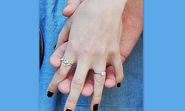 Το δαχτυλίδι αρραβώνων της…