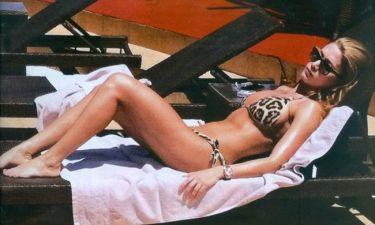 Στέλλα Καλλή: Χαλάρωση στην πισίνα ξενοδοχείου