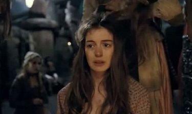 Η Anne Hathaway τραγουδά στο trailer του Les Miserables