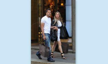 Για ψώνια με την σύζυγό του ο Σέζαρ