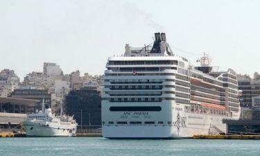 Έρχονται τα κρουαζιερόπλοια- Απεργούν οι οδηγοί των τουριστικών λεωφορείων!