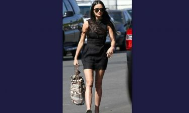 Demi Moore: Σε πλήρη φόρμα στην αποφοίτηση της κόρης της