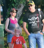 Παπαθωμά-Τσαρούχας: Οικογενειακές στιγμές με τον γιο τους