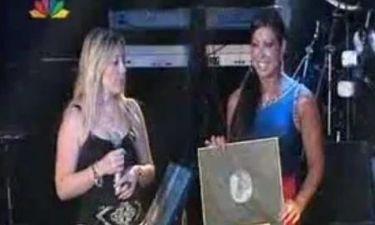 Απονομή χρυσού δίσκου για την Άντζελα Δημητρίου!
