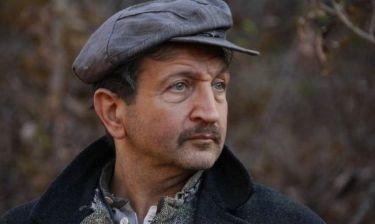 Σπύρος Μπιμπίλας: «Πολλοί ηθοποιοί δεν έχουν ούτε τα προς το ζην και τους στέλνουμε τρόφιμα στο σπίτι τους»