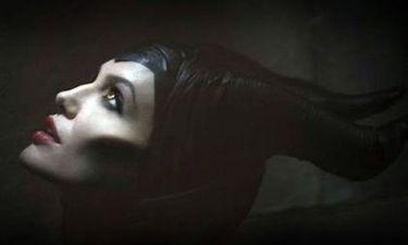 Η Angelina Jolie έβγαλε κέρατα