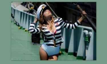 Η Ελευθερία στο… ναυτικό (και πιο σέξι από ποτέ)!