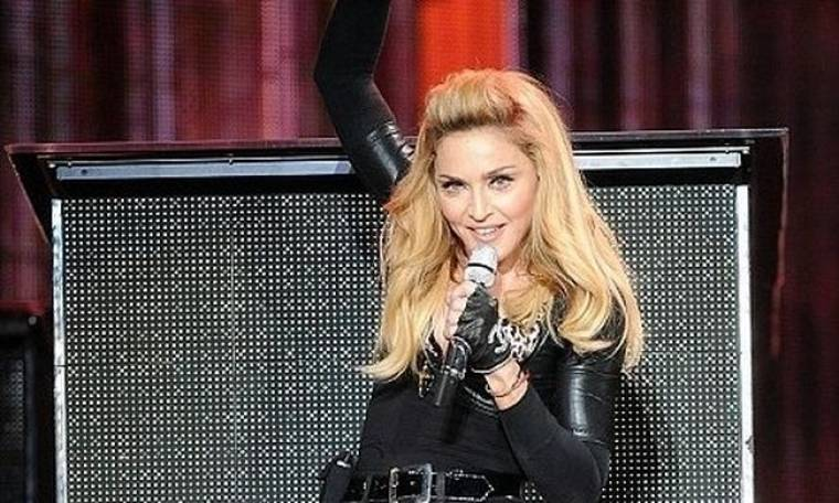 Η Madonna φοβάται μην της κλέψουν το DNA!