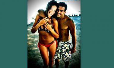 Εύα Λάσκαρη: Στην παραλία με τον αγαπημένο της!