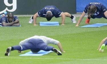 Οι άλλοι push-ups και ο Μπαλοτέλι... όχι