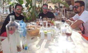 Γεύμα μόνο για τρείς… άντρες