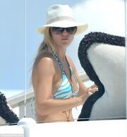 Kate Hudson: Από τη Σκιάθο στο Σεν Τροπέ! (φωτό)