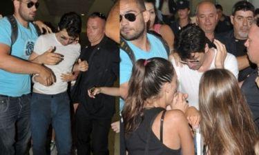 Σάκης Ρουβάς: Υστερία στο αεροδρόμιο Λάρνακας