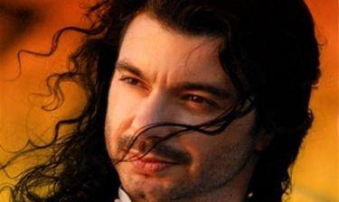 Μιχάλης Τζουγανάκης: Στη σκηνή του Βεάκειου Θεάτρου