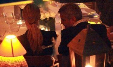 George Clooney – Stacy Keibler: Ρομαντικό δείπνο και βεγγαλικά