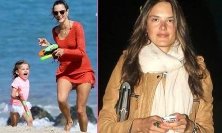 Γιατί η PETA τα έβαλε με την Alessandra Ambrosio;