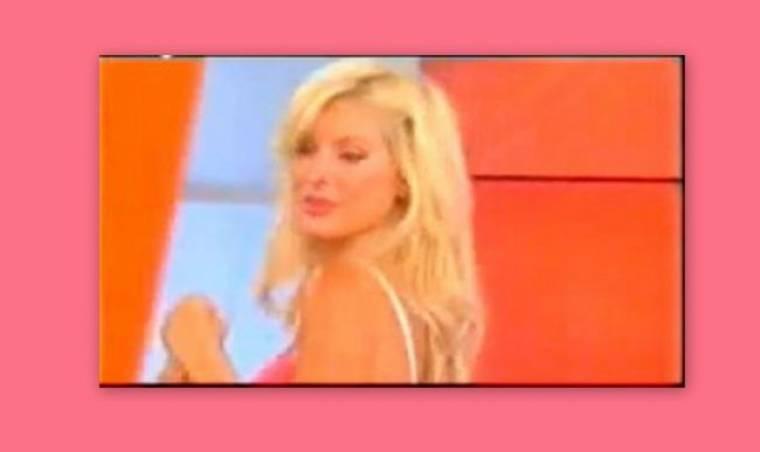 Video: Αυτό είναι το μοναδικό σέξι τσιφτετέλι της Ελένης Μενεγάκη! (Nassos blog)