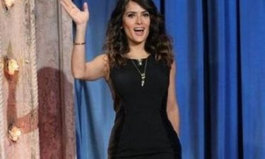 H Salma Hayek με total black look