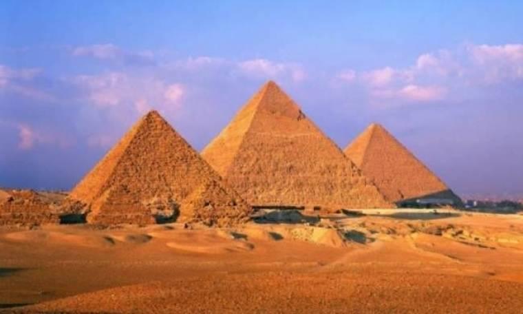 Φανατικοί ζητούν από την Αίγυπτο να καταστρέψει τις πυραμίδες