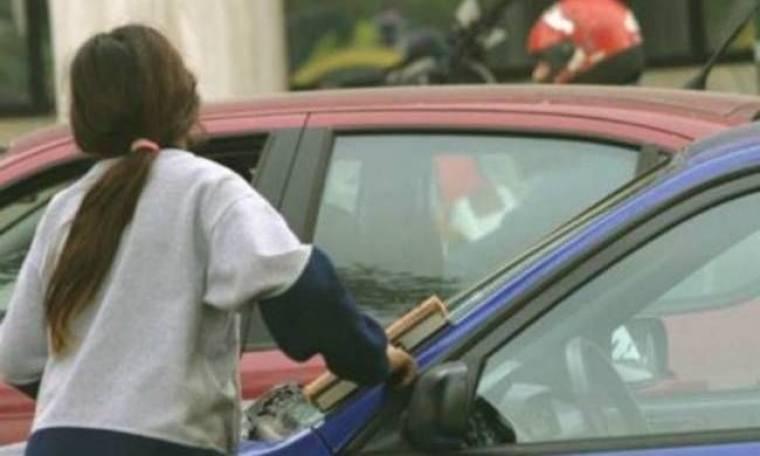 Πάτρα: Οδηγός Μερσεντές ξυλοκόπησε 10χρονη στα φανάρια
