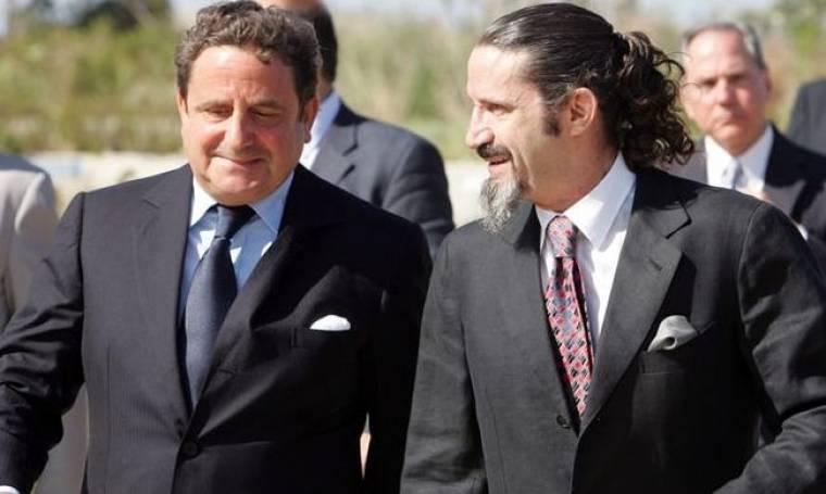 Φίλιππος και Σπύρος Νιάρχος: Για ουζάκι στις Σπέτσες!