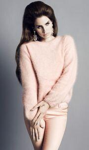 Η Lana Del Rey πρόσωπο του H&M