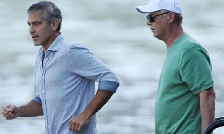 George Clooney – Stacy Keibler: «Παίζουν» το… Meet the Parents!