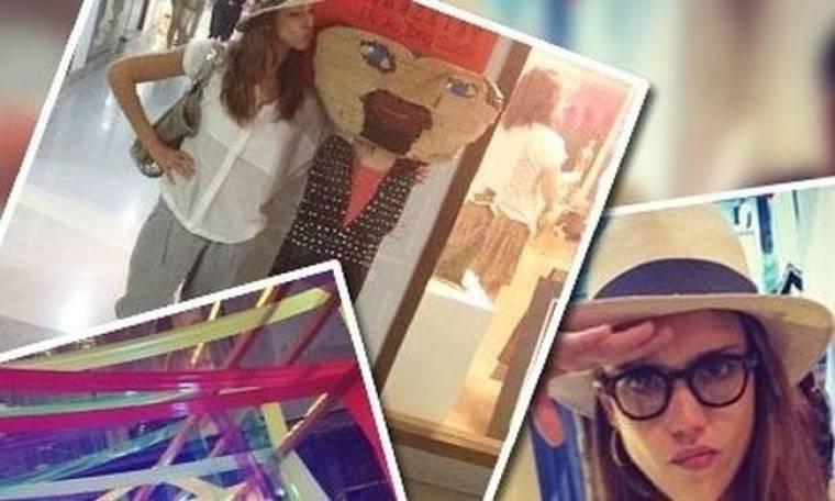 Jessica Alba: Ταξίδεψε στη Shanghai και ανέλαβε χρέη paparazzi