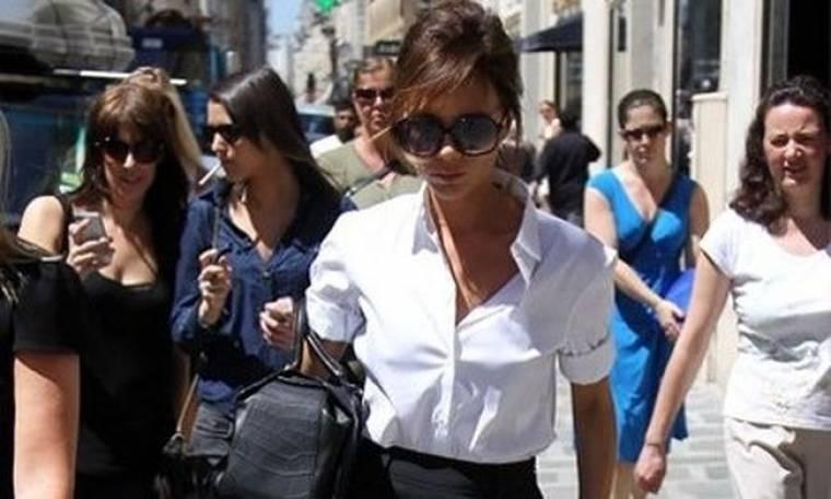 Victoria Beckham: κομψή χωρίς να φορά δικές της δημιουργίες