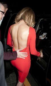 Jennifer Lopez: Σέξι στα 43α της γενέθλια!