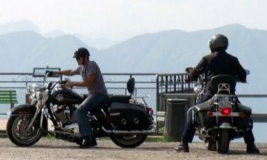 George Clooney: Βόλτες με τη μοτοσικλέτα στο Λουγκάνο