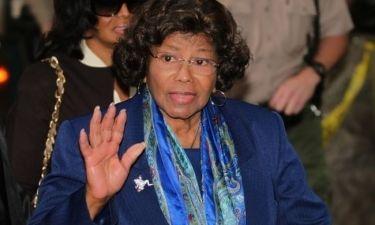Μητέρα Jackson: Έχασε προσωρινά την κηδεμονία και λύνει τη σιωπή της