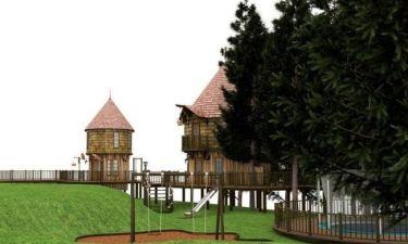 Χτίζει παιδότοπο με πύργους για τα παιδιά της!