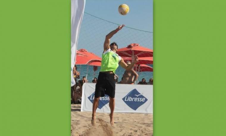 Λάτρης του beach volley ο Δημήτρης Βλάχος! (φωτό)