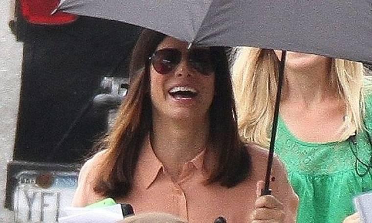 Sandra Bullock: Γιόρτασε τα γενέθλια της στα πλατό